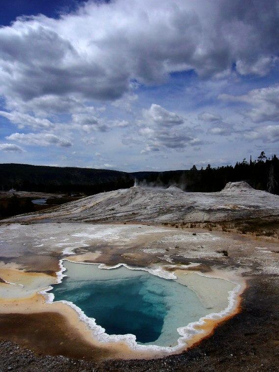 Yellowstone - Geysers